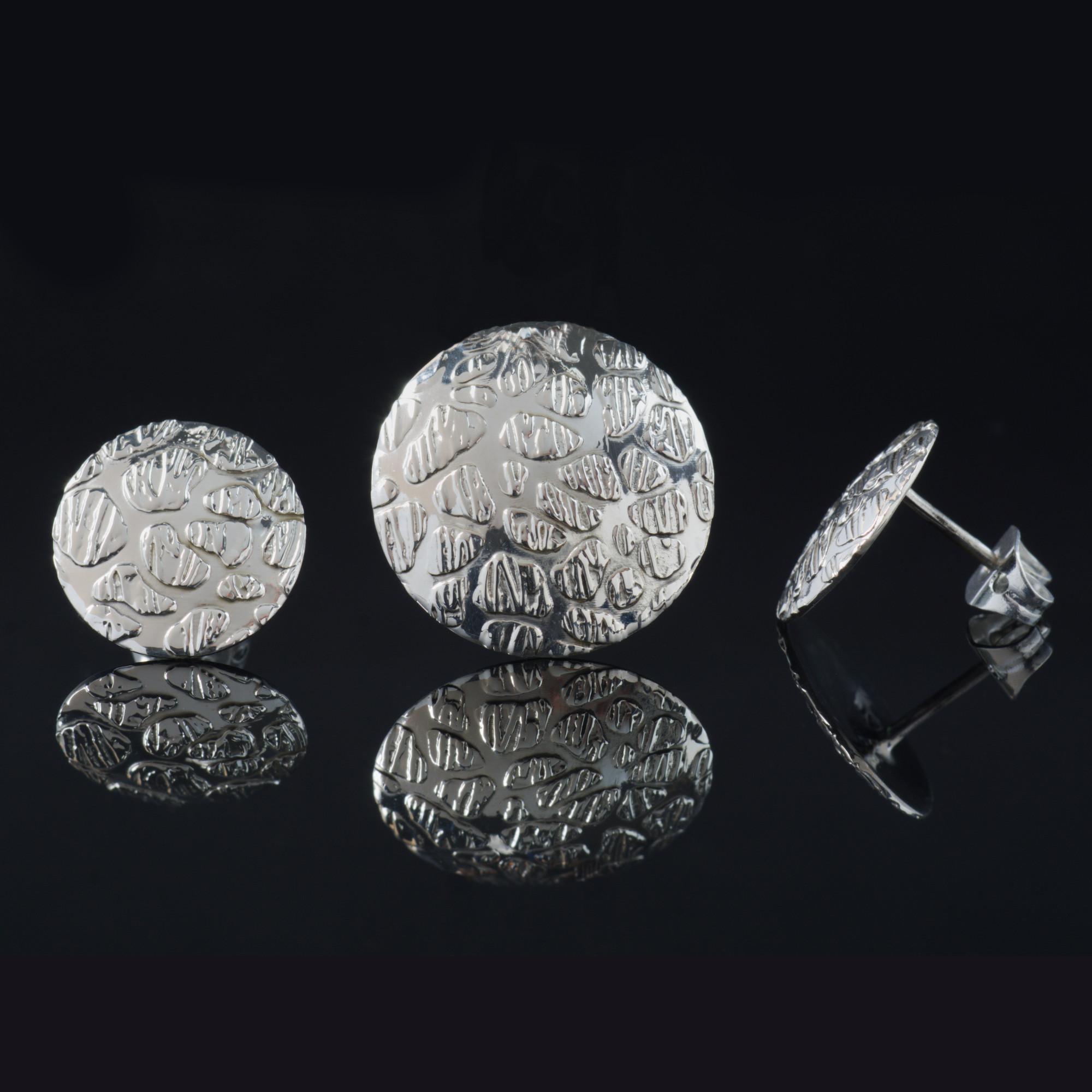 Luna Llena: Kombination med berlock och örhängen, cirkel med randig silver finish