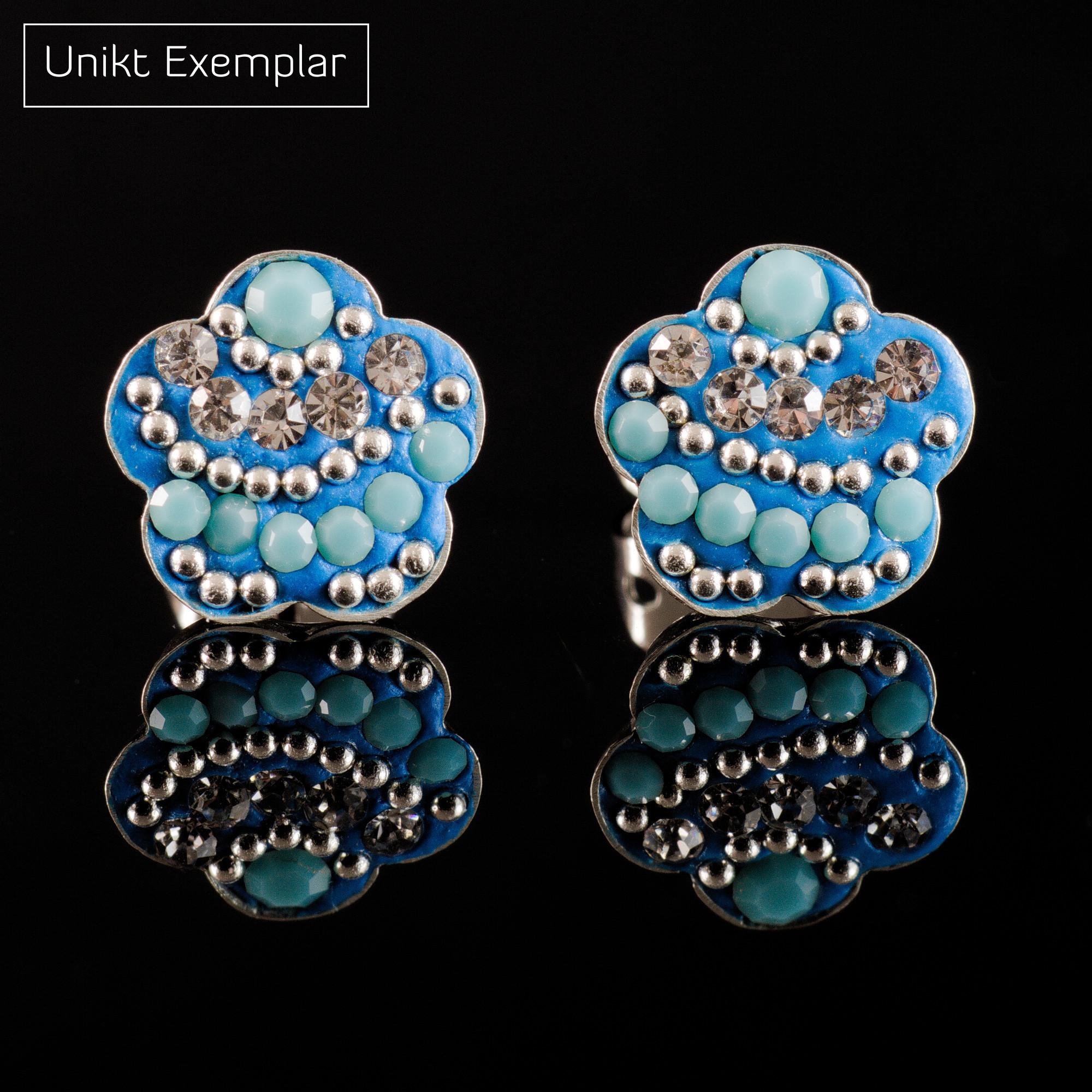 Wei: Örhängen sterling silver, silver/blå blomma med kristaller