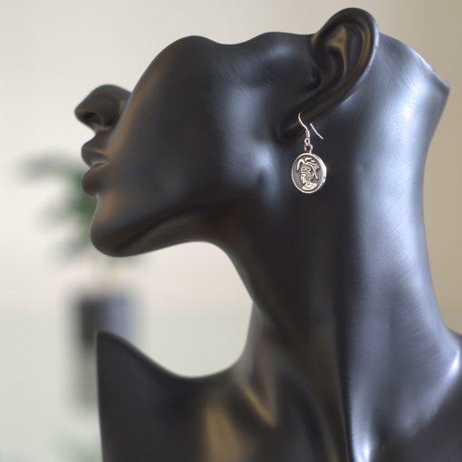 Maya indian - Silver örhängen med mayan figur